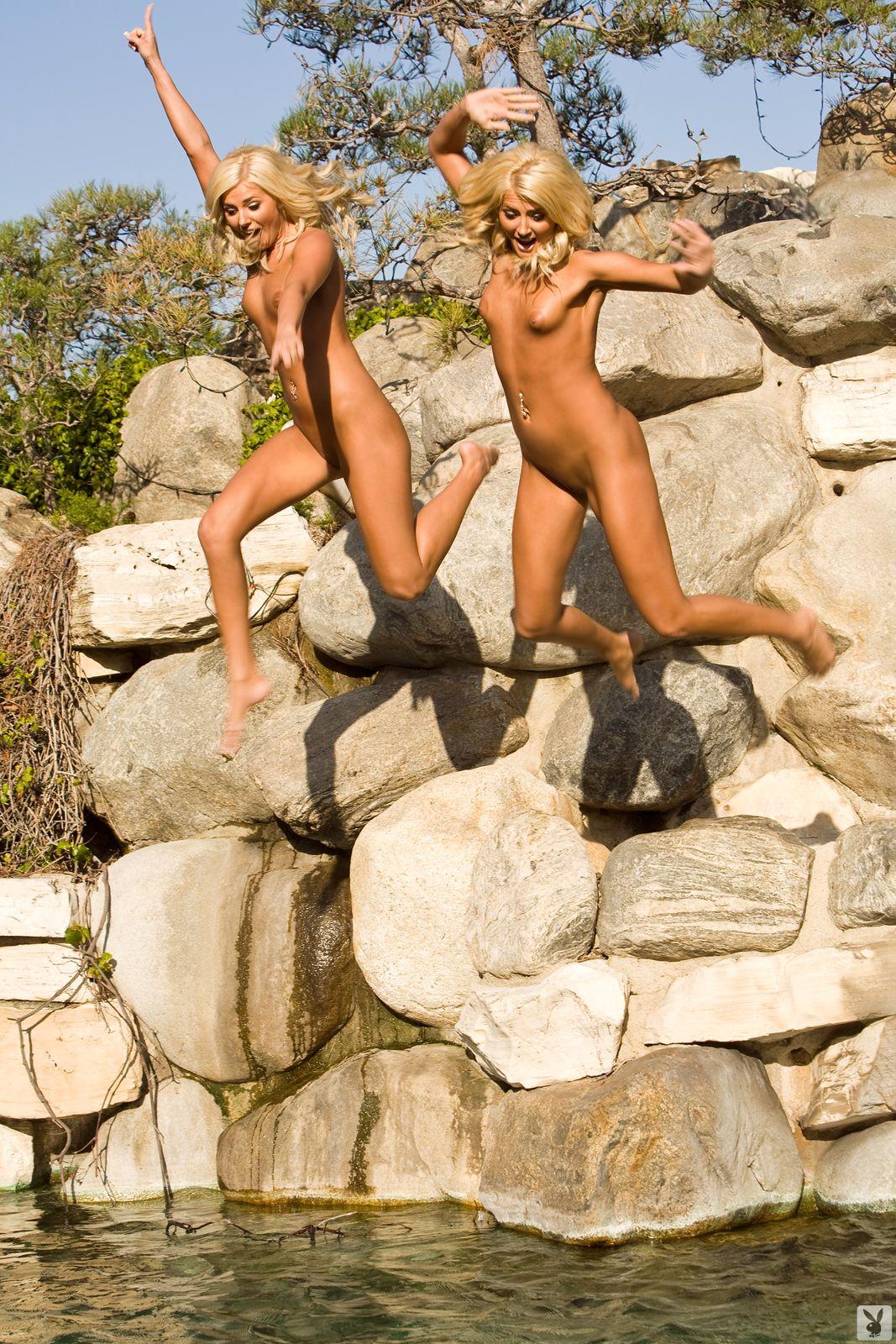 Nude black women spreading